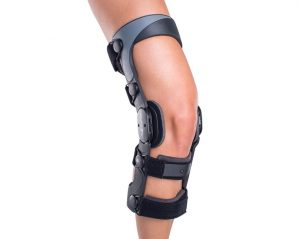 MCL tear treatment mike smith adelaide knee specialist knee arthroscopy reconstruction