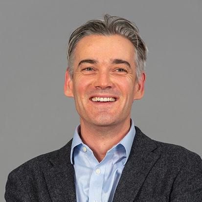 Dr Andrew Lavender